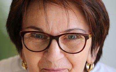 Progressive Lenses Versus Bifocals